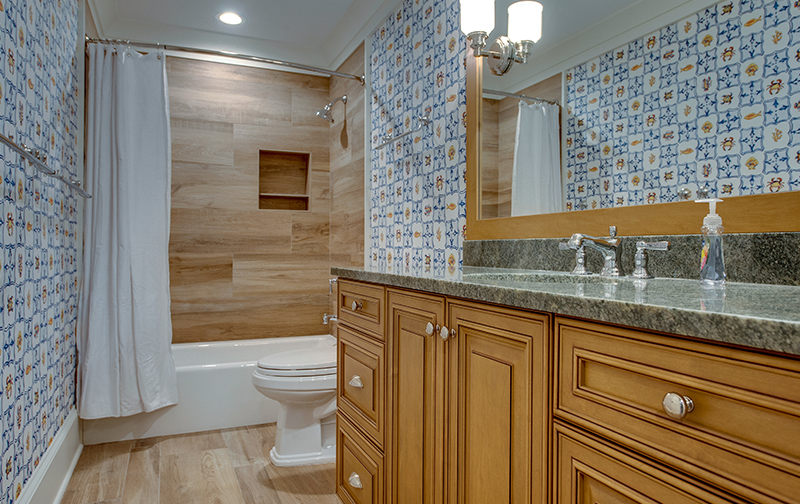D-Lee Builders Bathroom | D-Lee Builders